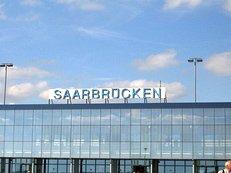 Flughafen, Saarbr�cken, Schild