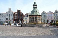 Wasserkunst, Wismar, Marktplatz