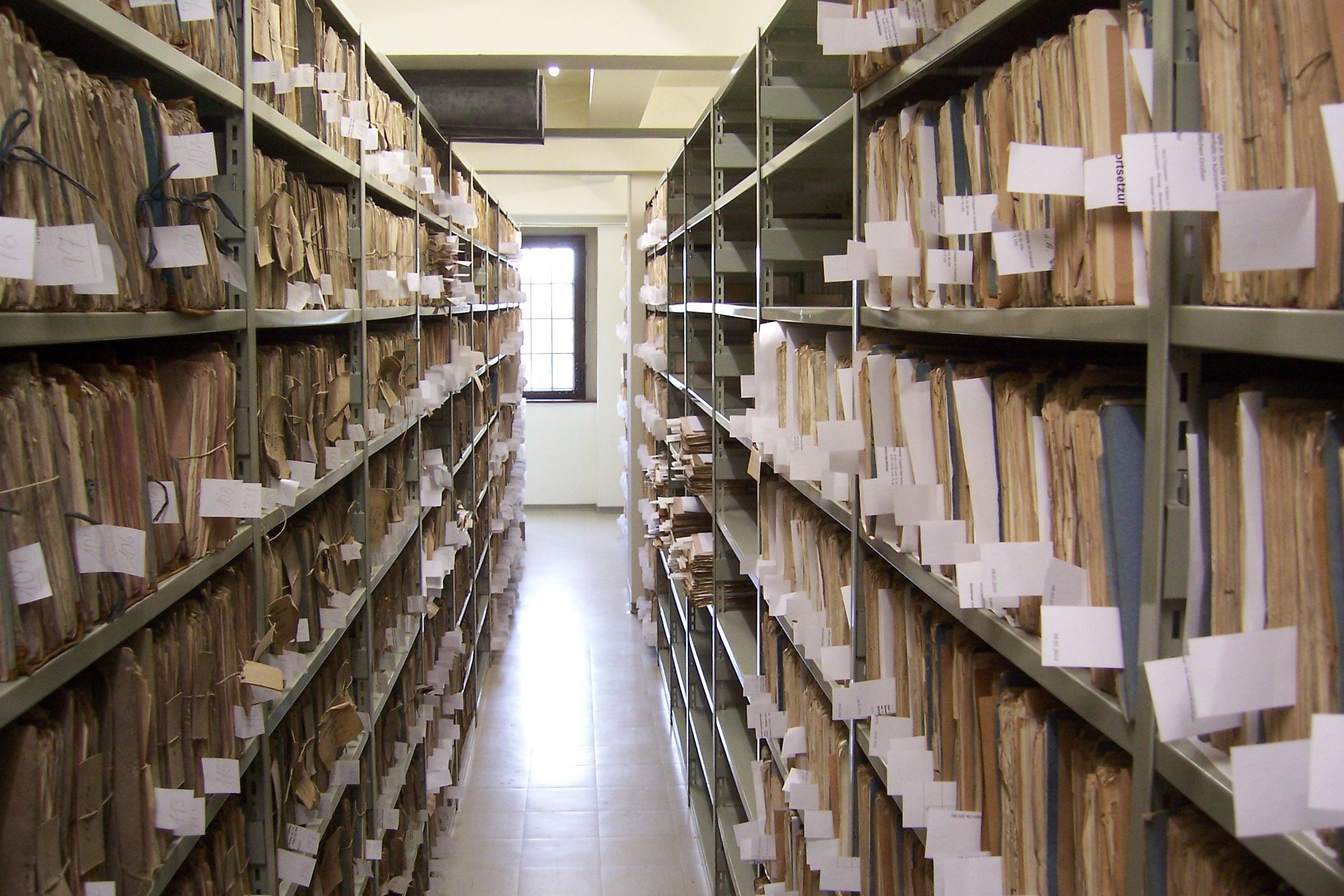Aktenarchivierung, Akten, Archiv