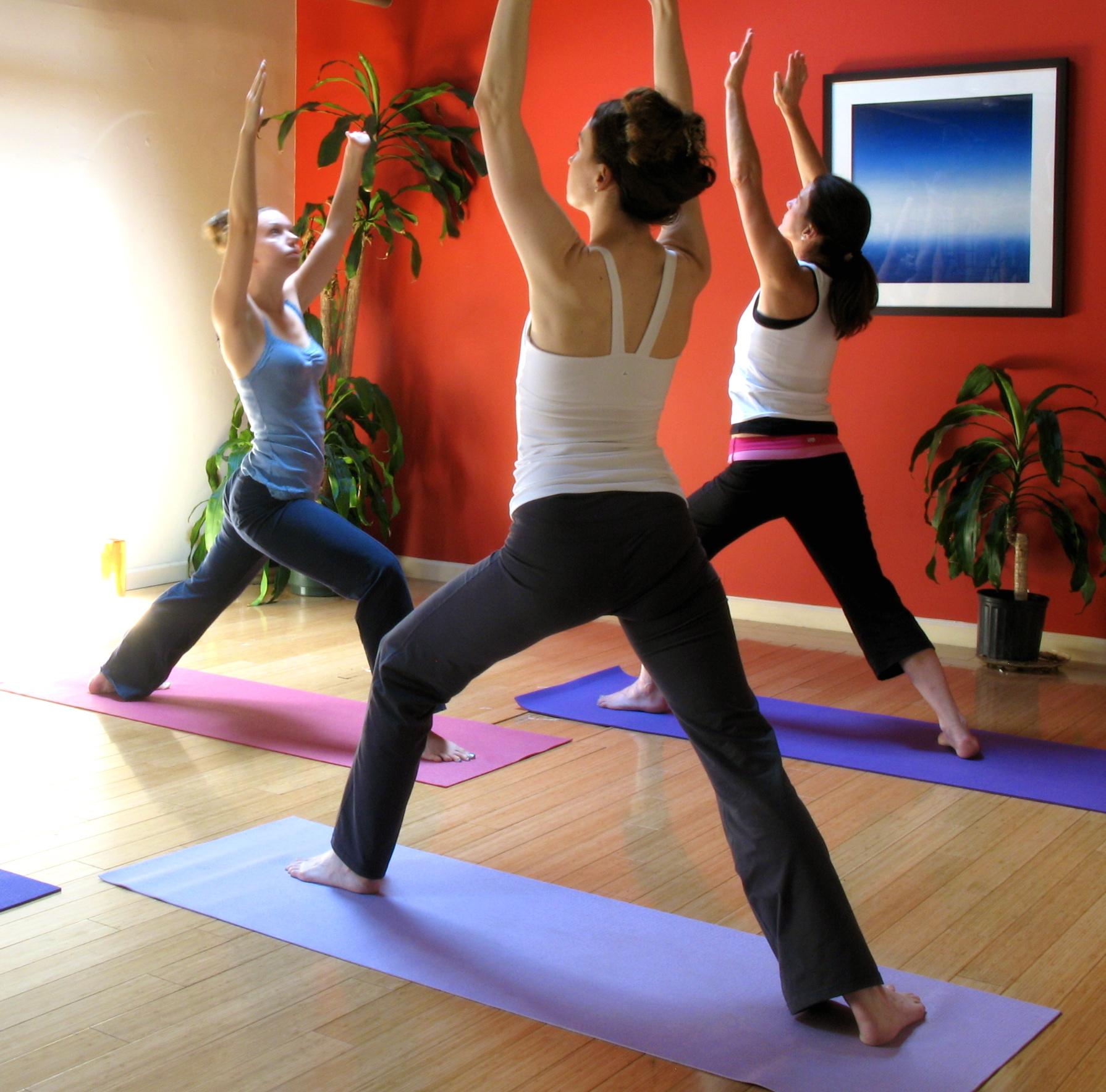 Alternative Therapiemethoden, Chinesische Medizin, Heilpraktiker, Yoga