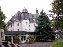Bornheim Burg, Bornheim Kloster