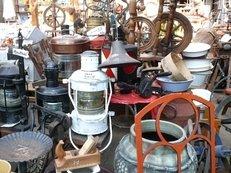 Flohmarkt, Trödel, gebrauchte Dinge, Antik