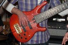 Vor dem Kauf, Gitarre, testen