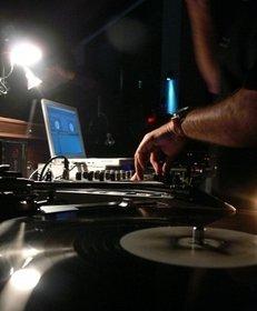 Nachtclub, DJ, Musik, Tanzen, Party, Disco
