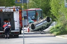 Autounfall, Notarzt, Verkehrsunfall