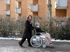 Pflegebedürftigkeit, Alter, Gründe