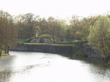 Sehenswürdigkeiten, Saaraltarm, Bauwerk