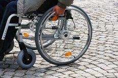 Versorgungsamt, Schwerbehinderte, Behinderte