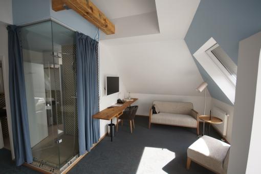 sch ne aussicht in frankfurt am main mit adresse und telefonnummer. Black Bedroom Furniture Sets. Home Design Ideas